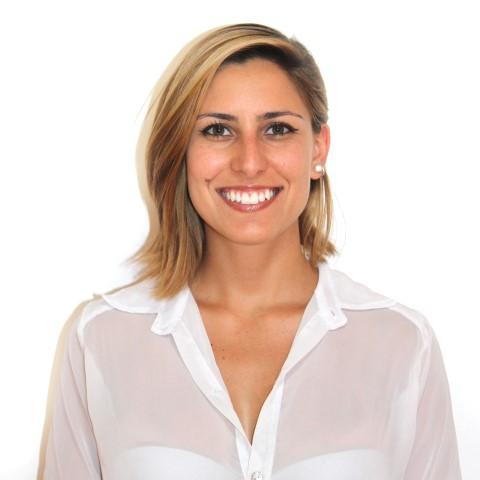 Ana Beatriz Azevedo